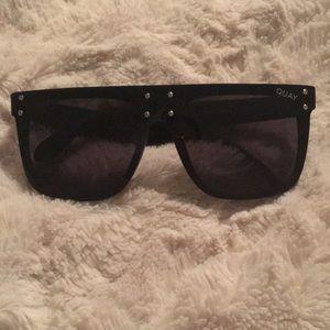 Quay Australia x Kylie - Hidden Hills Sunglasses